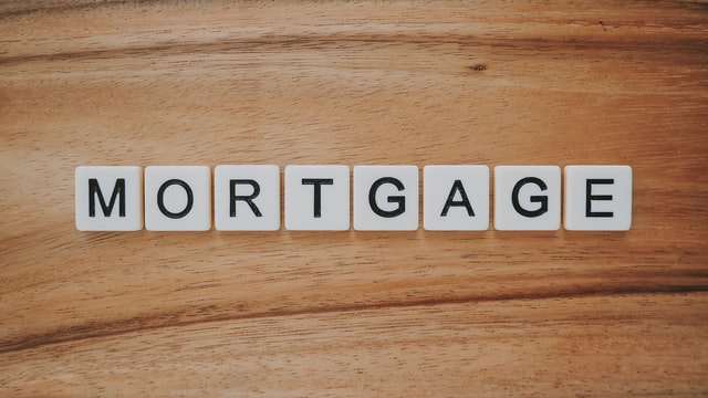 Can a non-US citizen get a mortgage loan?